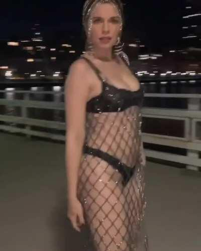 Booty in thong, under crystal chain midi dress (Julia Fox - AREA IG, 7/8/20)