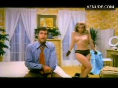 Jennifer Welles: The Groove Tube (1974)