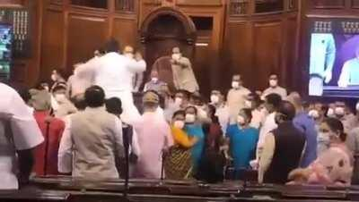 Shameful ! Footage of AAP MP Sanjay Singh misbehaving with Rajyasabha speaker and officials during a Rajyasabha session ...