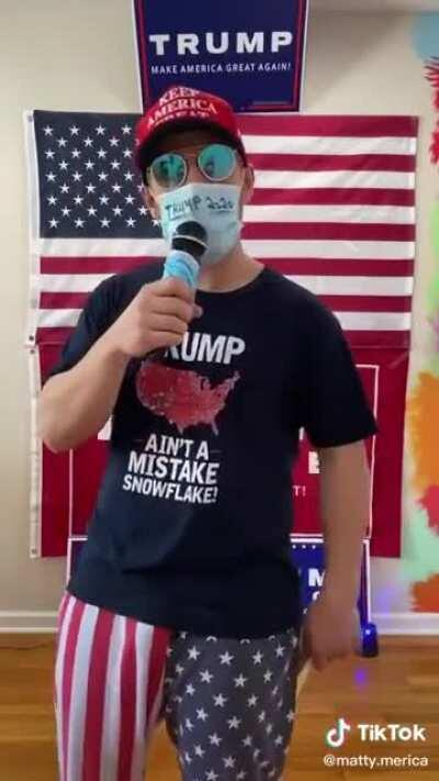 Politics aside this is just cringy. He wears those pants every video, i dont think he washes them. Or he just has 3 pairs