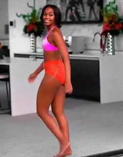 Nafessa Williams showing off her ass 🍑