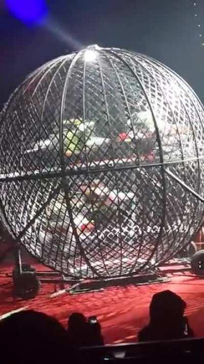 To celebrate the 5th anniversary of the Vasquez Circus, they put 5 cyclists inside this sphere and did a dangerous display of the skill these people have.