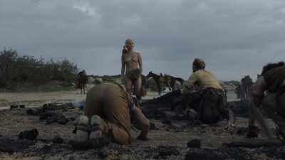 Emilia Clarke Nude In 'Game Of Thrones' [4K] (S01E10)