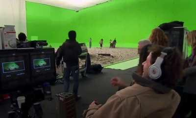 MOS: That time when Zack Snyder brought zombies on set of Man Of Steel and Henry Cavill stayed in character.