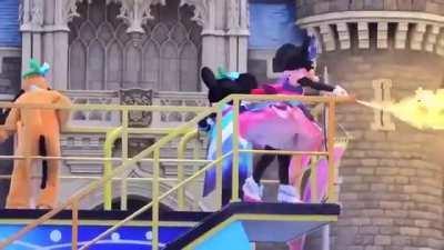 Minnie spares no one.