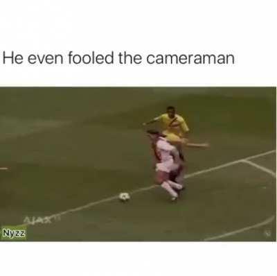 He even fooled thr cameraman