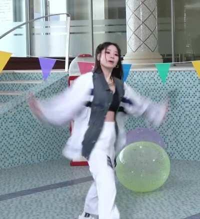 Dahyun with the moves