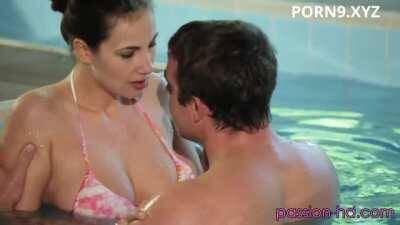 Pool Sex With Connie Carter And Sixpack Guy