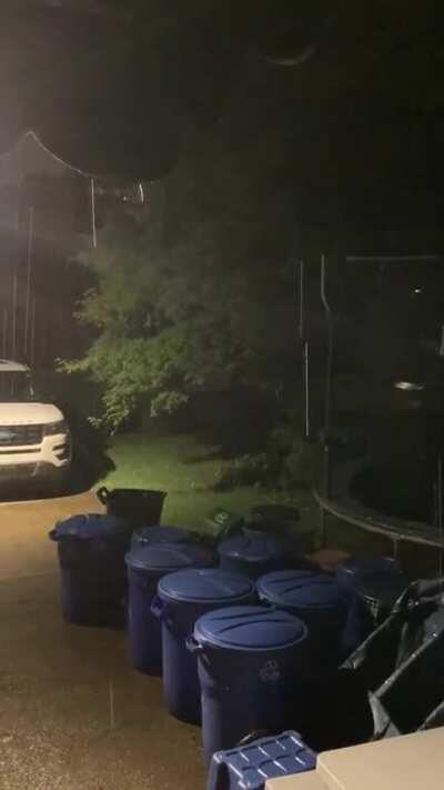 Just some night rain for you guys :) (please excuse the recycling bins, my mom was a hoarder and we've been cleaning out a bunch of her stuff since she passed)