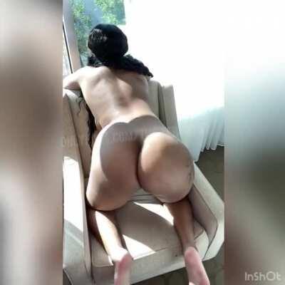 Juicy Ass 🍑