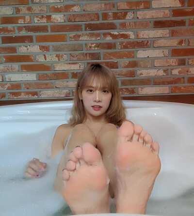 Kim Dami (damikim)