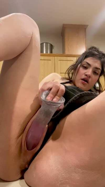 FULL XXX VIDEO ON MY PAGE ! $3 to subscribe ! Come have fun with me in the kitchen. Link in comments