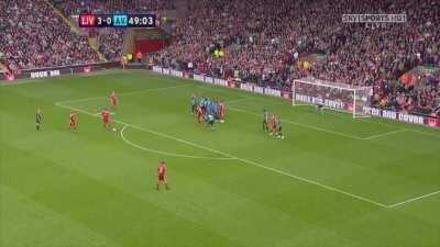 Throwback to Gerrard's set piece hattrick in this incredible 5-0 trashing of Aston Villa