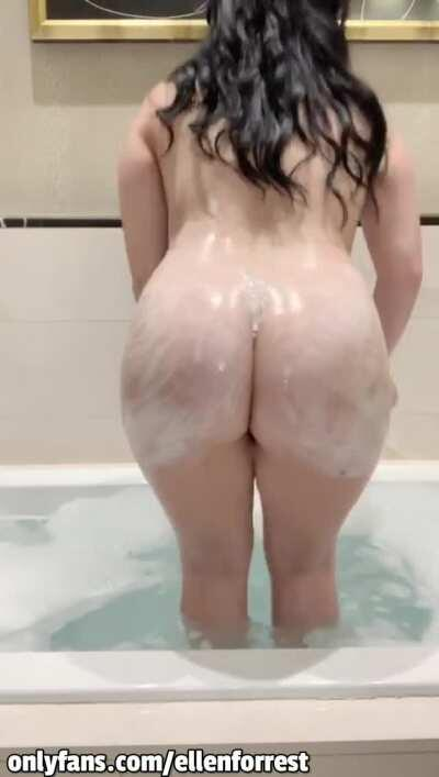 Cum play with me 😏 I'm 19 years old 😋 I always reply on OF and you can ask for a free dick rate 🎸 Anal, Sextapes, Boy/Girl Content, Blowjobs 💋 Don't be shy, let me do a custom with your name 🍌 100s of Satisfied Subscribers already 😍