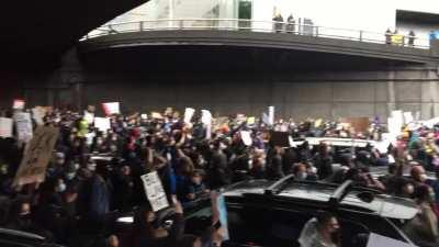 Protest March onto I-5 (05/30/20)