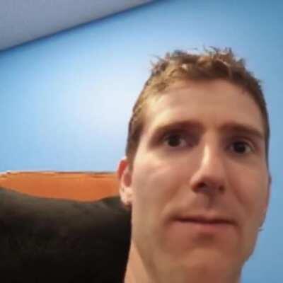 Linus Sebaston sings Big Time Rush!