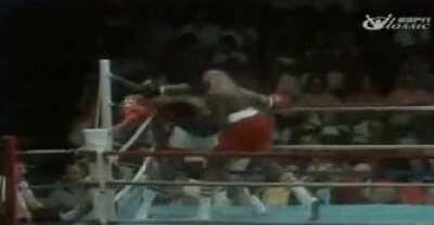 Muhammad Ali dodges 21 punches in 10 seconds. He truely