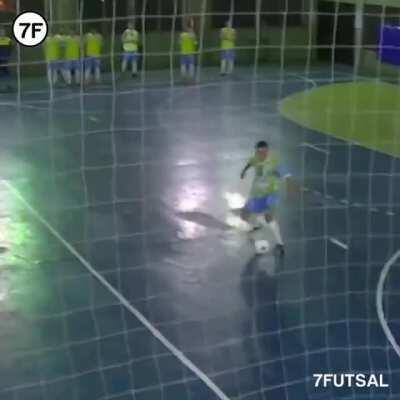 Tiki Taka Team Goal Straight From Kick-Off in Buenos Aires 😍🔥 (IG: 7futsal, seclafutsal)