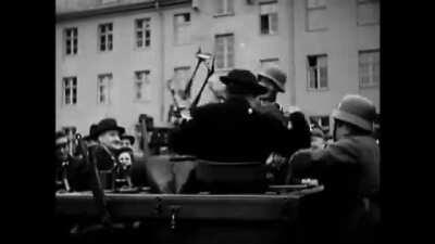 German soldiers showing off planes and weapons in a demonstration fort he public, i dont know what year but probably early or mid war?