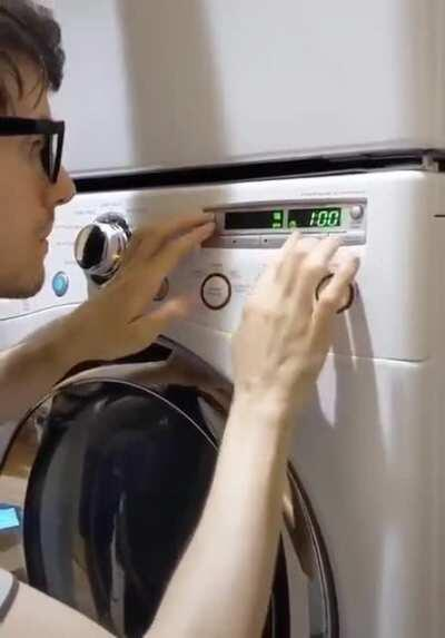 Playing the Harry Potter theme with a washing machine
