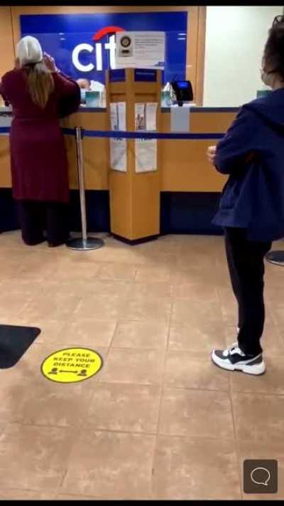Found this on another subreddit. Scientist Karen threatens to get Citibank worker fired over asking her to wear a mask