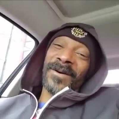 Snoop listening to Let it go