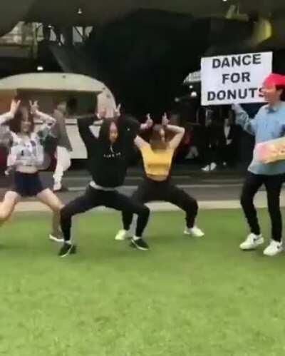 Donut danceoff