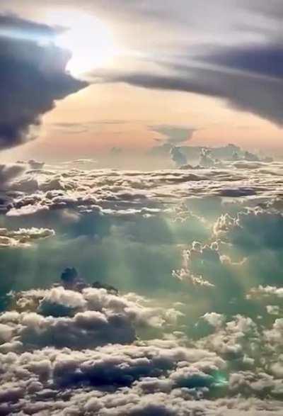 Sky looks like a painting
