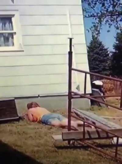 [Xpost from r/makemycoffin] standing on an unsteady ladder