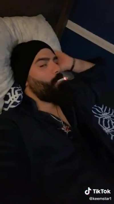 Keemstar responding to a rumour he had sex with hila from h3h3