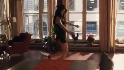 Penélope Cruz sexy dance in Noel