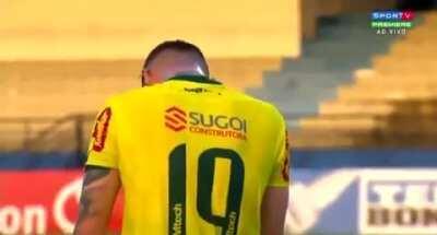 Fabrício, artilheiro e campeão da Série D, se emociona ao fazer sua estréia no Paulistão pela equipe do Mirassol.