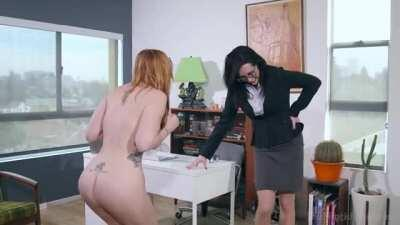 Tina Lee Comet hypnotizes and humiliates her boss Lauren Phillips