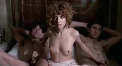 NoveCento (1900) - Stefania Casini gives Robert De Niro and some guy a handjob