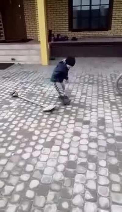 Agility training with a shovel