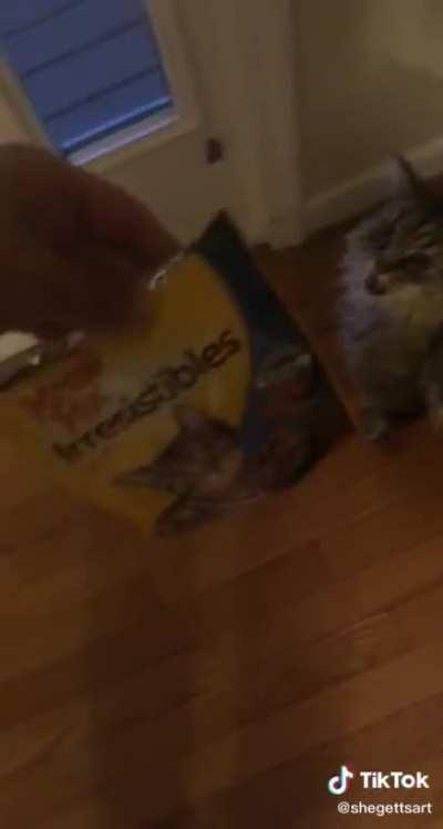 No It's meow mix
