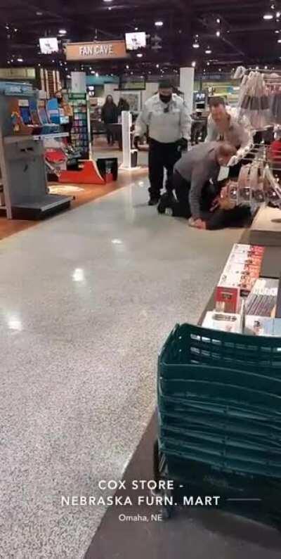 Having cancer makes it okay to shoplift