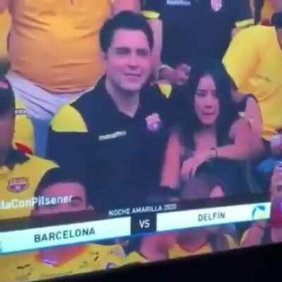 WCGW kissing your side chick in public