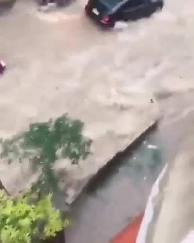 WCGW delivering food through a storm