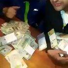 Los negros cabeza que robaron un blindado en Lomas del Mirador compraron una Hilux 0km AL CONTADO y se filmaron contando la plata