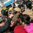 Gunjan Kapoor, a Youtuber was making a video with her phone, wearing a burqa at Shaheen Bagh protests. Mob surrounded her to lynch, she had to be taken away by the Police. Burqa problem, no Burqa problem, just decide and tell us. More details awaited .